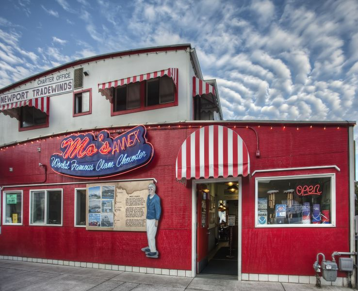 Mo's Annex, Newport, Oregon