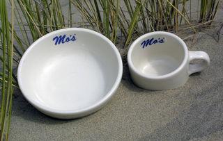 Mo's Dinnerware